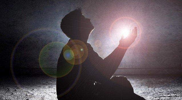 Сильная молитва от бесов