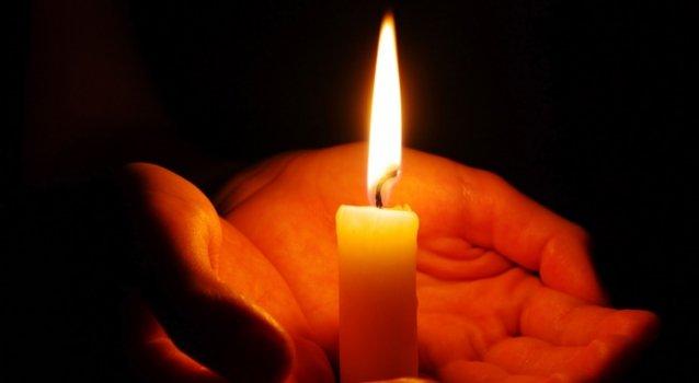 Простой обряд со свечой